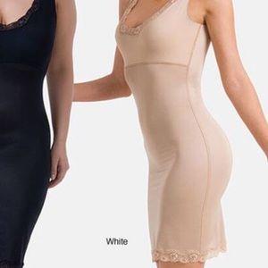 Spanx Hide & Sleek full slip lace trim nude